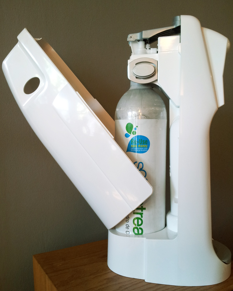 sodastream-base-and-carbonator